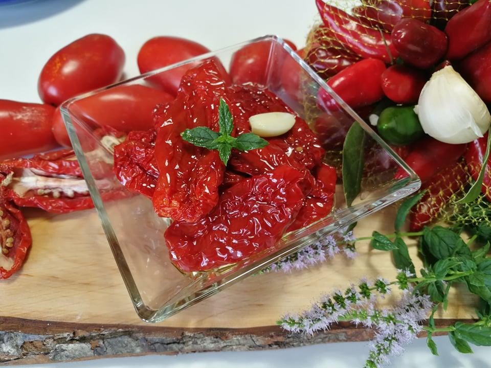 pomodori secchi sott'olio | Ricette Facili | Le Migliori Ricette